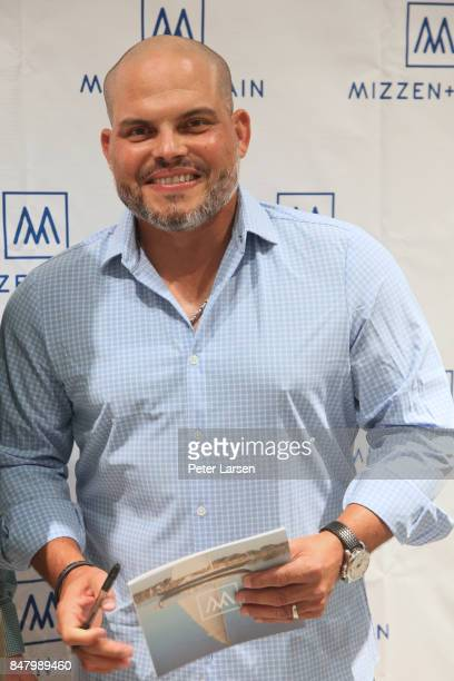 Pudge Rodriguez attends Mizzen Main and Pudge Rodriguez on September 15 2017 in Fort Worth Texas