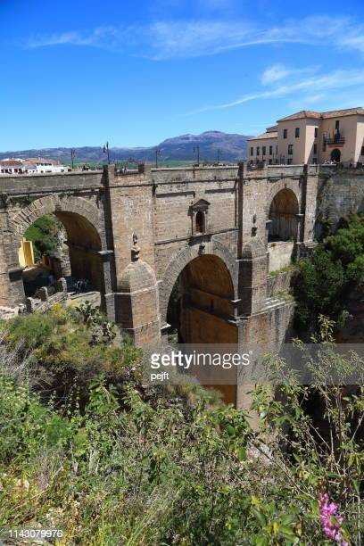 puente nuevo bridge in ronda andalusia, spain - pejft imagens e fotografias de stock