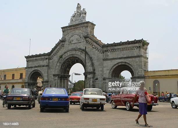 Puerta de entrada del cementerio Cristobal Colon de La Habana el mas grande del pais el 11 de mayo del 2006 El proximo 20 de mayo se conmemora el 500...