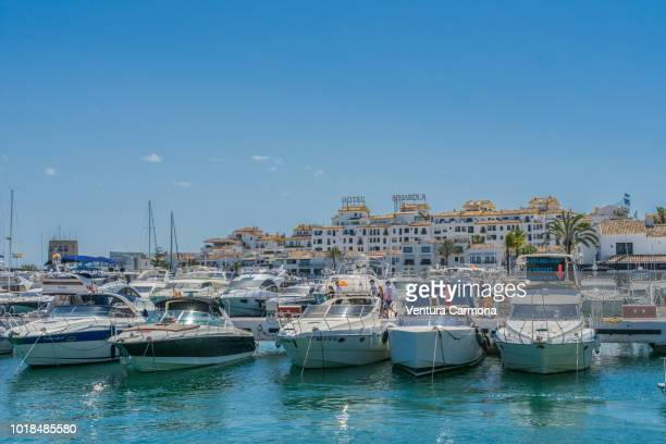 puerto banús - marbella, spain - マルベーリャ ストックフォトと画像
