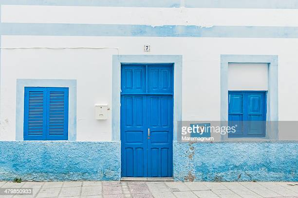 puerto de las nieves, house - whitewashed stock pictures, royalty-free photos & images