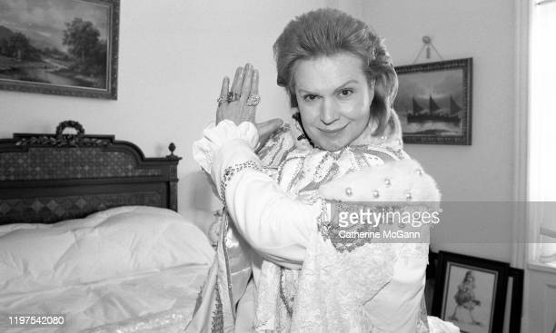 Puerto Rican astrologer and psychic television personality Walter Mercado poses for a portrait at his home in Brooklyn in February 1996 in New York...