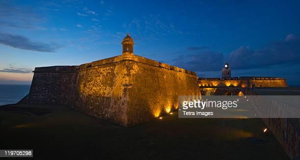 puerto rico, old san juan, fort san felipe del morro at sunset - viejo san juan fotografías e imágenes de stock