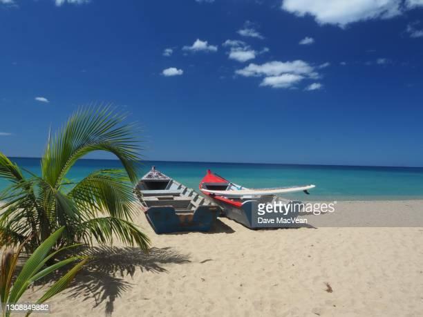 puerto rico pangas - paisajes de puerto rico fotografías e imágenes de stock