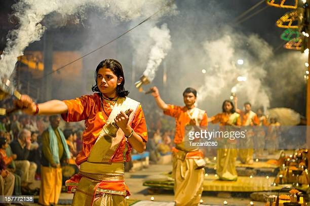 puja ritual for praising the god of ganga, india - hinduism stock pictures, royalty-free photos & images