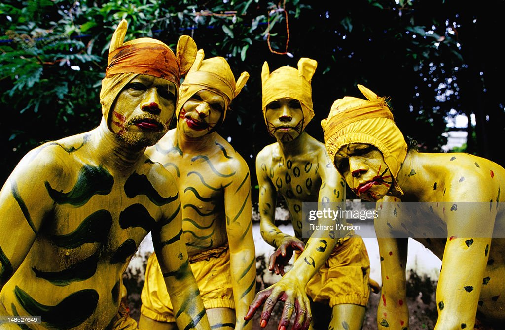 Pulikkali (tiger dance) performers at Onam festival celebration. : Stock Photo