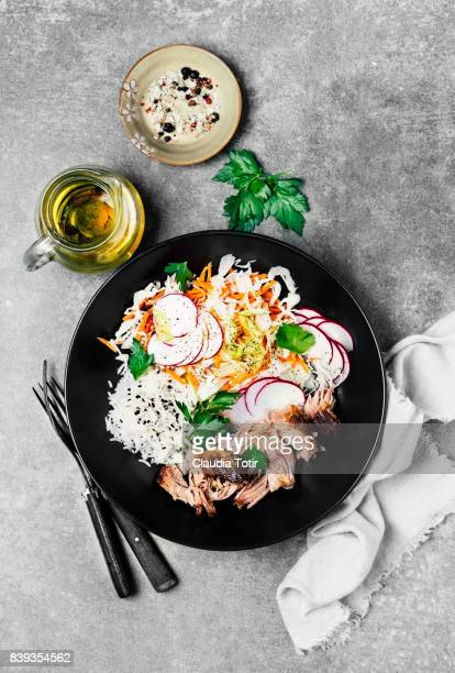 Pulled turkey with rice and fresh salad