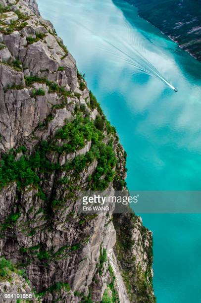 pulpit rock and a fjord in norway. - ローガラン県 ストックフォトと画像
