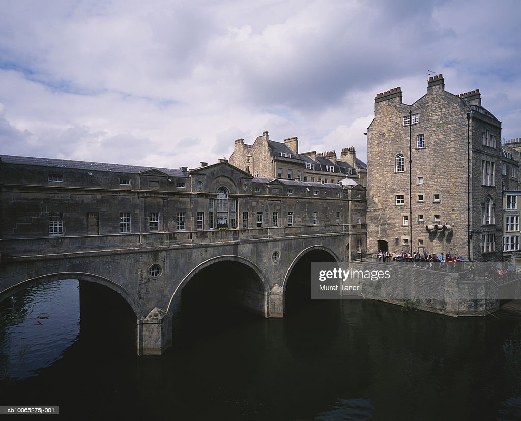 Pulteney bridge over river Avon : Foto stock