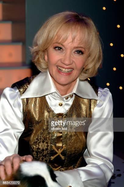 Pulver Liselotte * Schauspielerin Schweiz bei der Aufzeichnung ihrer Geburtstagshow zum 75 Geburtstag