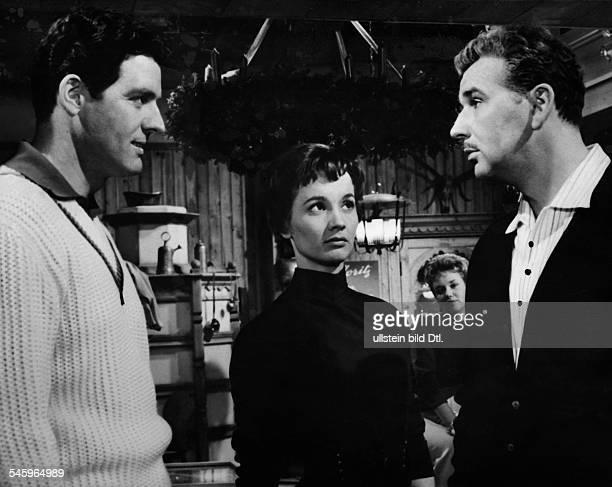 Pulver Liselotte *Schauspielerin Schweiz zusammen mit Paul Hubschmid und Bernhard Wicki in einer Szene des Films 'Die Zuericher Verlobung' D 1957