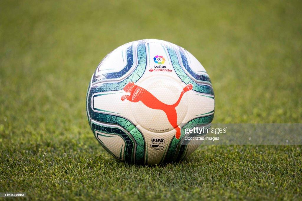 FC Barcelona v Real Betis Sevilla - La Liga Santander : News Photo
