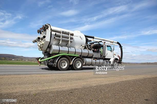 camião pumper - águas residuais imagens e fotografias de stock
