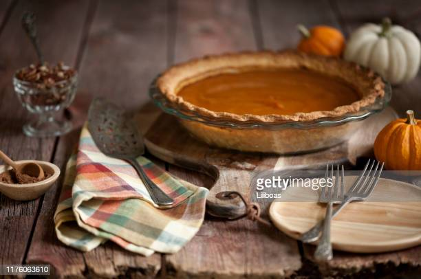 pumpkin pie - old fashioned thanksgiving stock photos and pictures