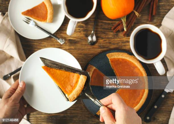 pumpkin pie, traditional pie for thanksgiving day - canadian thanksgiving stock pictures, royalty-free photos & images