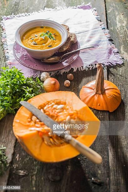 Pumpkin soup and halved pumpkin