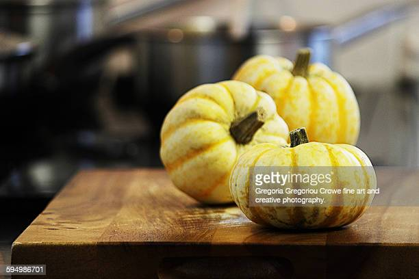 pumpkin  squash - gregoria gregoriou crowe fine art and creative photography stock-fotos und bilder