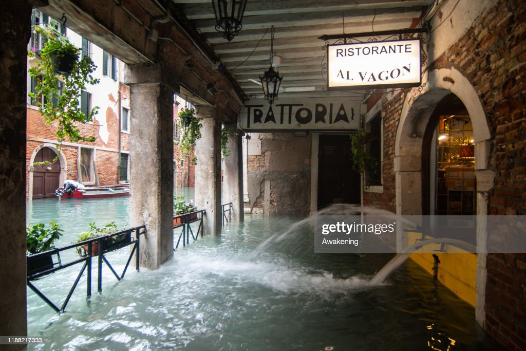 Flooding Expected As Another Exceptionally Very High Water Mark Hits Venice : News Photo