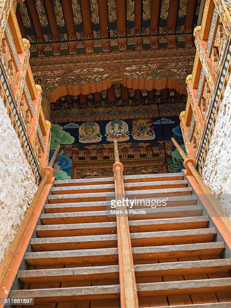 punakha dzong entrance - paro district stock pictures, royalty-free photos & images