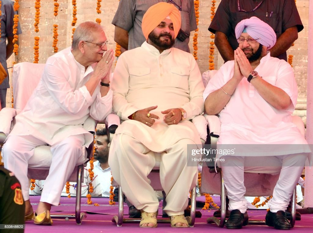 Punjab Chief Minister Captain Amarinder Singh (R) with the Notable Indian Poet, Writer, Lyricist and Film Director Gulzar (L) and Punjab Local Bodies Minister Navjot Singh Sidhu (C) during the inauguration of Partition Museum at Town Hall, on August 17, 2017 in Amritsar, India.