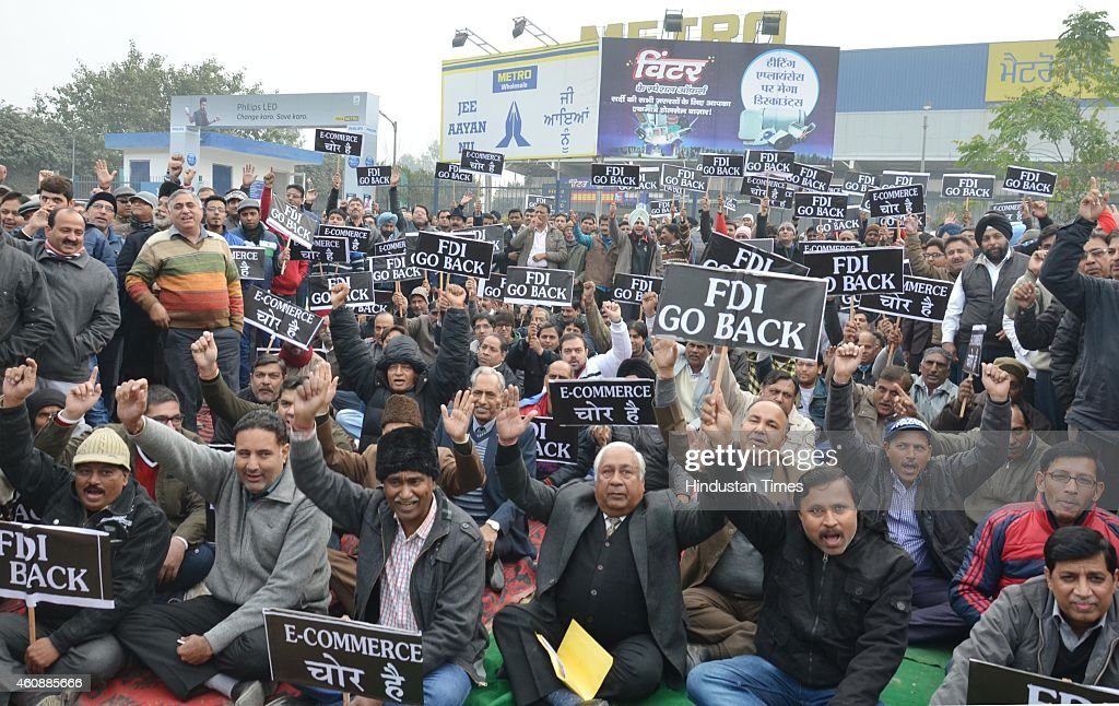 Punjab traders hold state level protest against FDI and online retailers outside the metor on December 28 2014 in Amritsar India Traders complain...