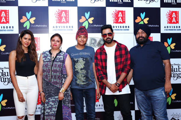 Punjabi movie actors Gippy Grewal and Sonam Bajwa during the promotion of upcoming Punjabi movie Carry On Jatta 2 at The Theatre Club Lounge Paschim..
