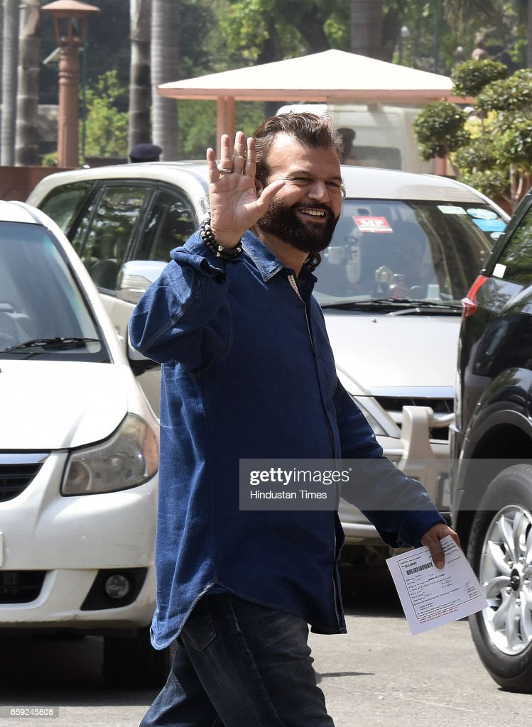 Punjabi singer Hans Raj Hans during the Parliament Budget Session part2 on March 28 2017 in New Delhi India The government has listed the Goods and...