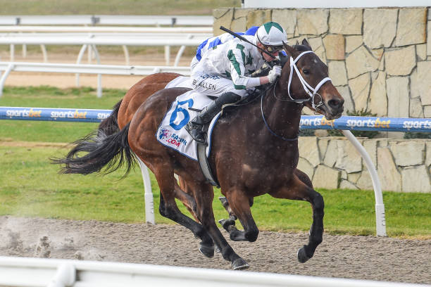 AUS: Pakenham Racing Club Race Meeting