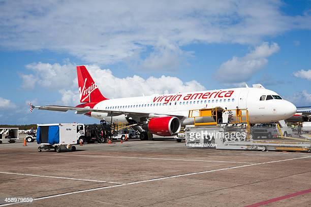 プンタカナ空港でドミニカ共和国 - ヴァージンアトランティック航空 ストックフォトと画像