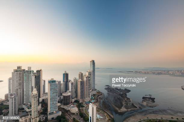 punta paitilla skyline at sunrise, the panama city's prime real estate district - pacific ocean stock pictures, royalty-free photos & images