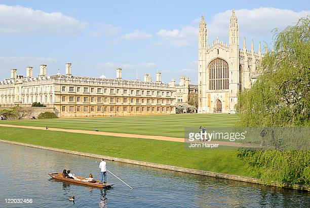 punting down the thames by kings college, cambridge, u.k - cambridge university stock pictures, royalty-free photos & images
