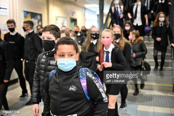 Pupils at Rosshall Academy wear face coverings as it becomes mandatory in corridors and communal areas on August 31 2020 in Glasgow Scotland New...