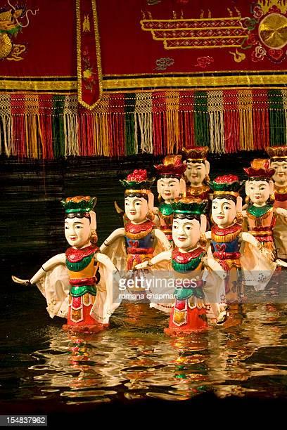 puppet theatre in water - pop stockfoto's en -beelden