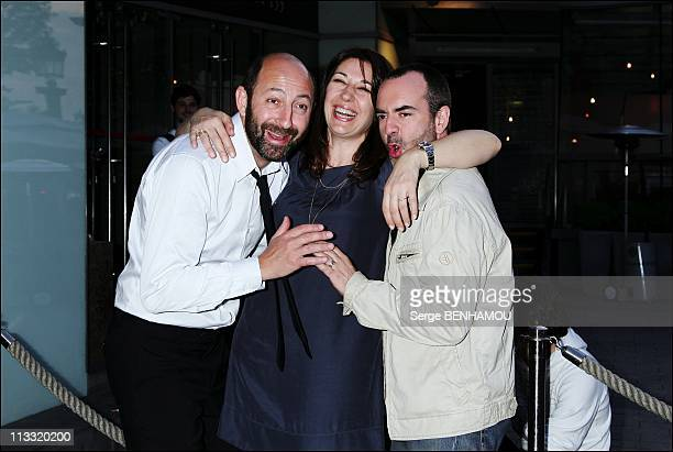'Pur WeekEnd' Premiere In Paris France On April 23 2007 Kad Merad Valerie Benguigui Bruno Solo