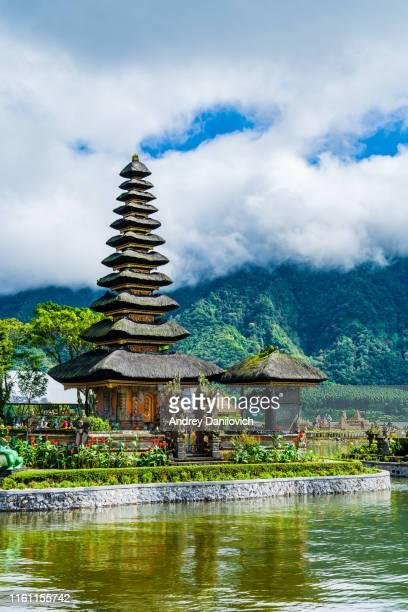 pura tunjung beji ulun danu beratan water temple, bali - lake bratan area stock pictures, royalty-free photos & images