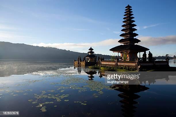 de pura ulu danau bratan bedugal bali - exotismo fotografías e imágenes de stock
