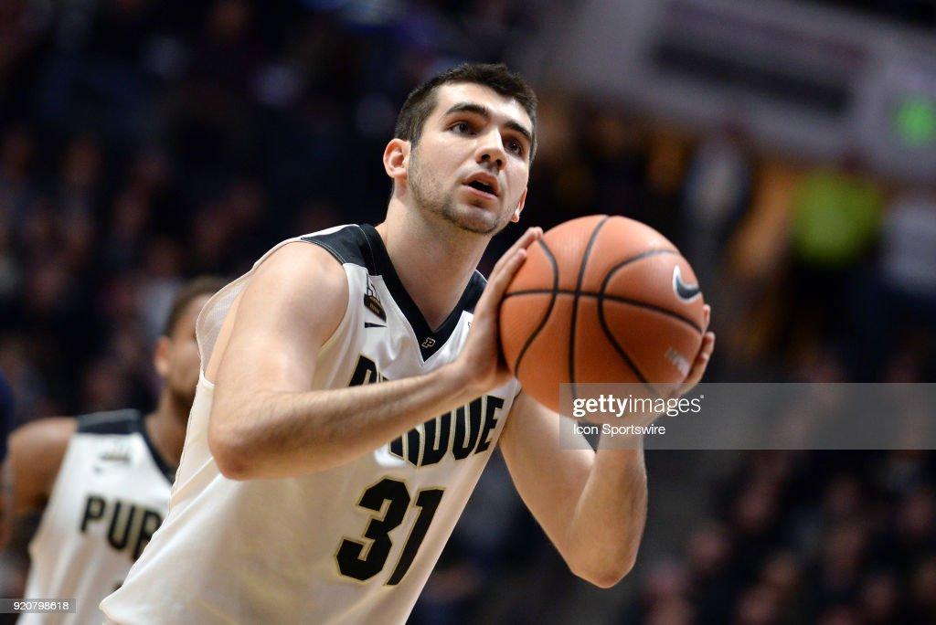 COLLEGE BASKETBALL: FEB 18 Penn State at Purdue : News Photo