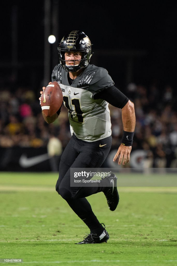 COLLEGE FOOTBALL: SEP 15 Missouri at Purdue : News Photo