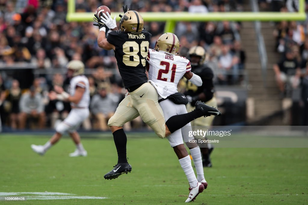 COLLEGE FOOTBALL: SEP 22 Boston College at Purdue : News Photo