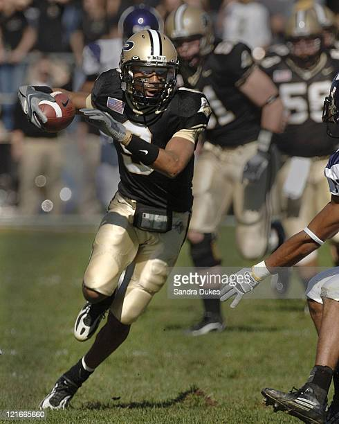Purdue's Dorien Bryant runs up field after one of his 16 catches for 153 yards in Northwestern's 34-29 win over Purdue at Ross Ade Stadium in West...