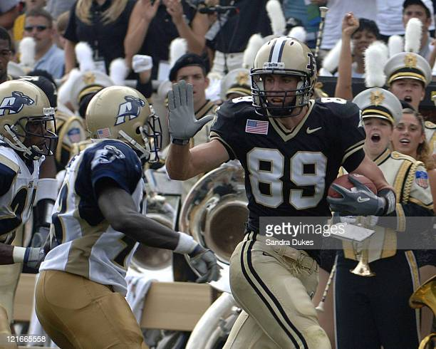 Purdue's Kyle Ingraham runs after a catch in the 2nd quarter of Purdue's 49-24 win over Akron at Ross Ade Stadium in West Lafayette, Indiana on...
