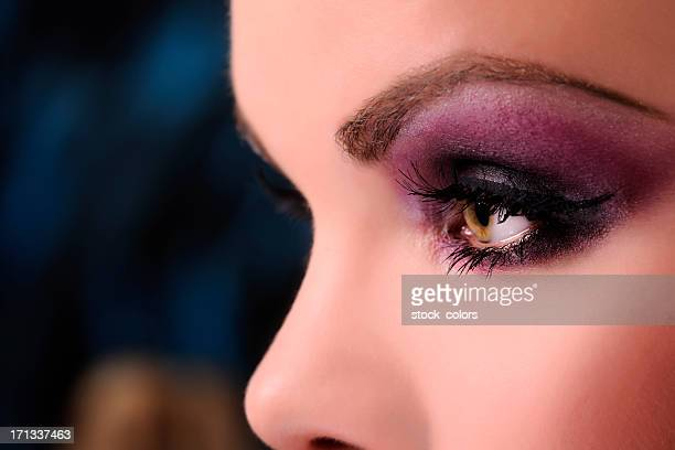 purple makeup - smokey eyeshadow stock pictures, royalty-free photos & images
