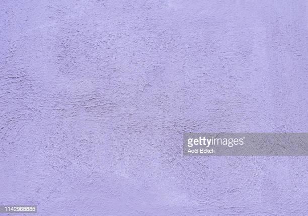 purple wall - viola colore foto e immagini stock