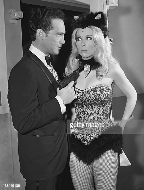 GET SMART 'Pussycats Galore' Episode 27 Aired 04/01/67 Pictured HM Wynantas Frank Valentine Angelique Pettyjohn as Charlie Watkins