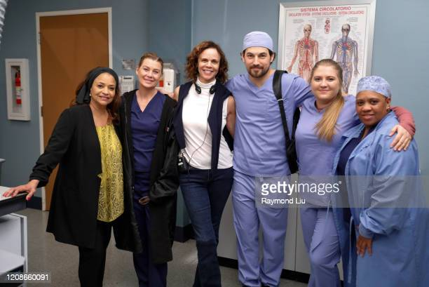 ANATOMY Put on a Happy Face Link tries to convince Amelia to take it easy during the final stage of her pregnancy Hayes asks Meredith a surprising...