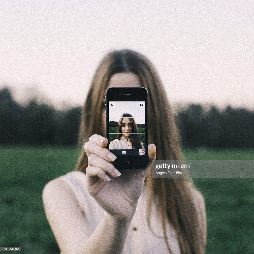 Social Media Life : News Photo