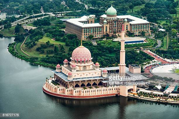 putrajaya mosque - mosque stock pictures, royalty-free photos & images
