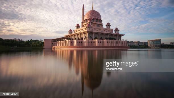 putrajaya mosque - shaifulzamri stock pictures, royalty-free photos & images