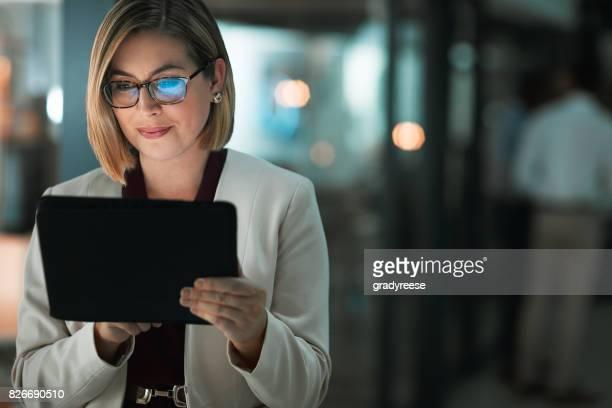 putting technology to work at night - interattività foto e immagini stock