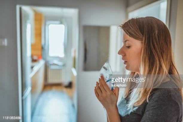 putting the air back in my lungs - amigdalite imagens e fotografias de stock